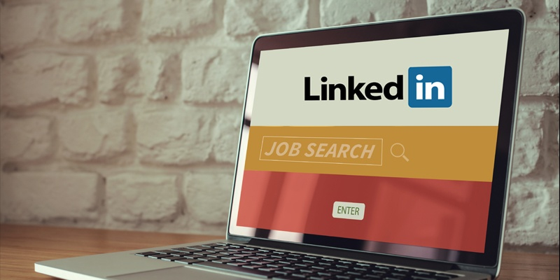 Top_7_Ways_to_Get_Noticed_on_LinkedIn.jpg